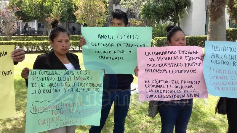 La manifestación fue pacífica y sólo se mostraron pancartas con las demandas de los comuneros (FOTO: CORTESÍA)