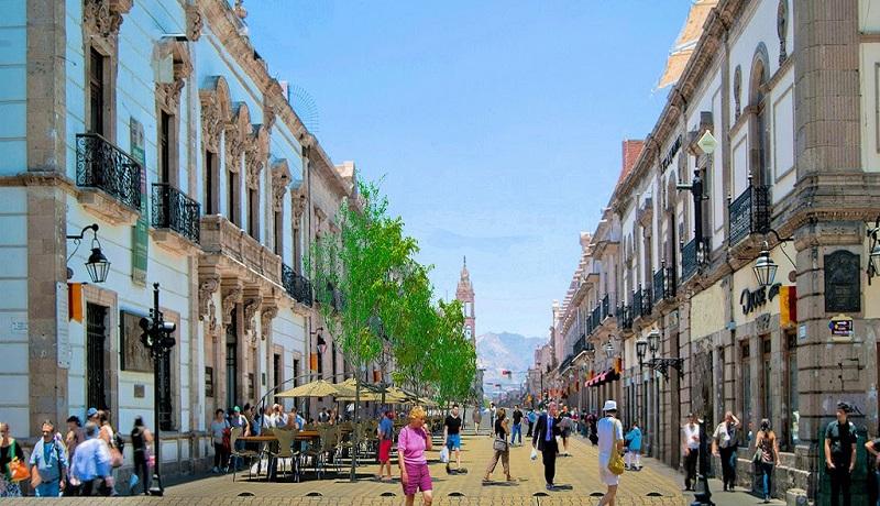 Se garantizará el óptimo aprovechamiento de la arquitectura civil existente para incrementar la afluencia turística, por lo cual se examina el uso actual y futuro de los inmuebles históricos, sea éste comercial, habitacional, entre otros