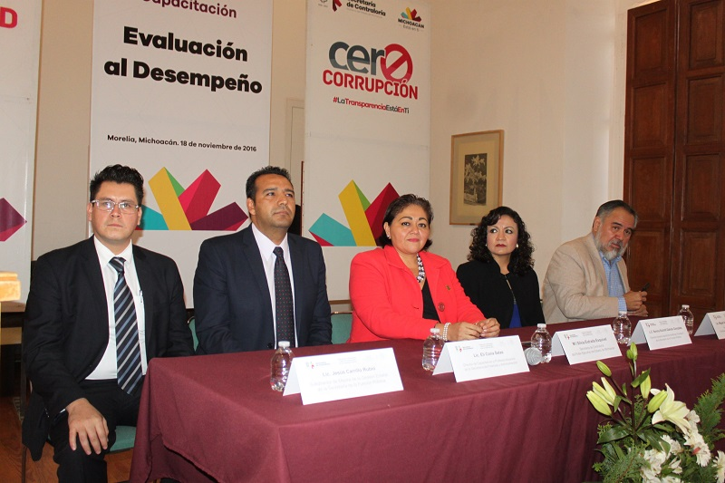 Silvia Estrada destacó que la evaluación al desempeño beneficiará y dará aportación e impacto en los programas sociales, para que el recurso se aplique en donde se muestre que está dando resultados reales a la población