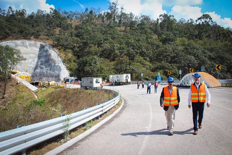 La construcción del Ramal Camelinas, a cargo del Gobierno de la República a través de la SCT, incluye el Túnel I, un viaducto, el Túnel II y los tramos de vialidad del Libramiento Sur (FOTO: FACEBOOK)
