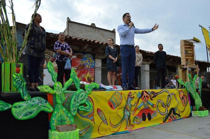 Villegas Soto consideró que la participación organizada de las personas es el motor principal para lograr una verdadera transformación de la sociedad y mejorar las condiciones de vida de la población