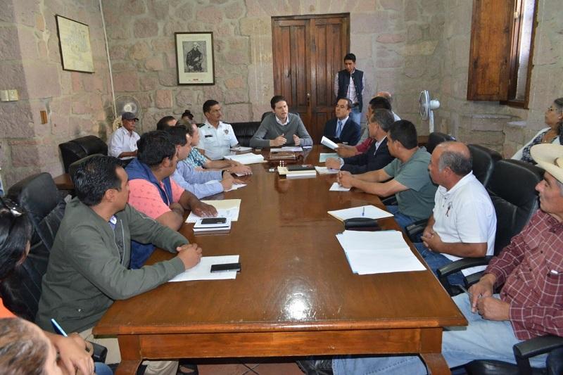 El alcalde refrendó el compromiso de la actual administración de trabajar de la mano con cada uno de los Jefes de Tenencia