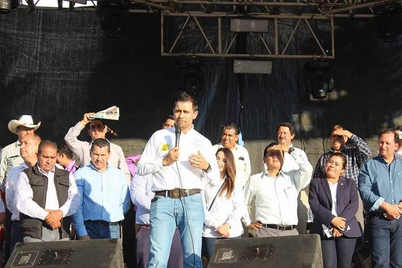 Manuel López detalló que se ofrece la atención de medicina general, servicios odontológicos, prótesis dentales y se realizarán exámenes para detectar cáncer de mama y cérvicouterino