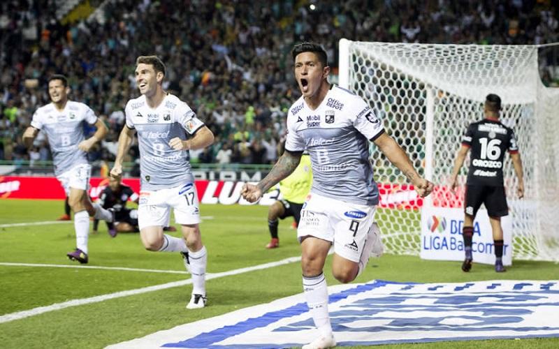 El partido fue siempre controlado por el equipo de Javier Torrente, al dictar los tiempos, los ritmos y los espacios en los que se jugaba