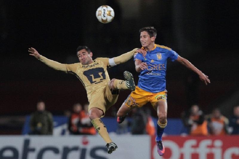Así como terminó el partido en temporada regular empezó el de Liguilla: gol de Ismael Sosa al 7' y un Olímpico helado, que esta vez no aclamó al argentino, por el contrario lo abucheó cada que tocó la bola