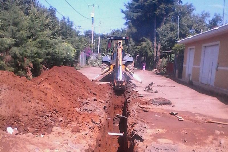Domínguez López afirmó que la administración que encabeza el Gobernador Silvano Aureoles Conejo trabaja en coordinación con los Ayuntamientos a fin de incrementar el impacto social de las obras que desarrolla y proyecta