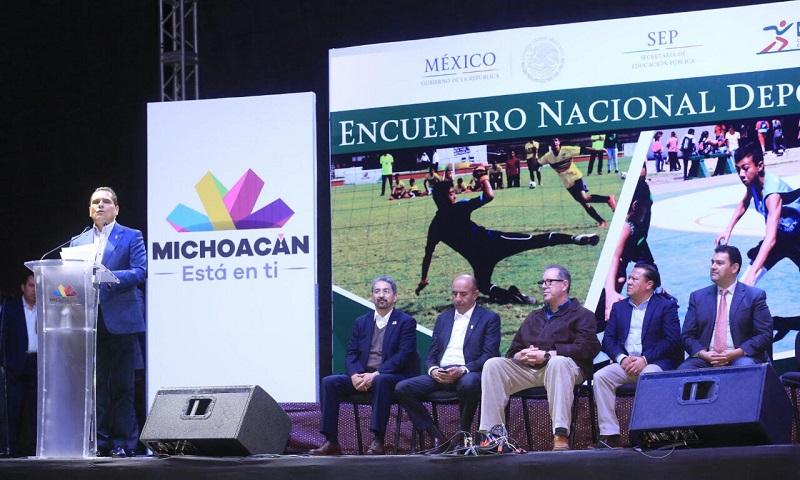 En el deporte se puede encontrar la paz y el desarrollo, destaca Silvano Aureoles