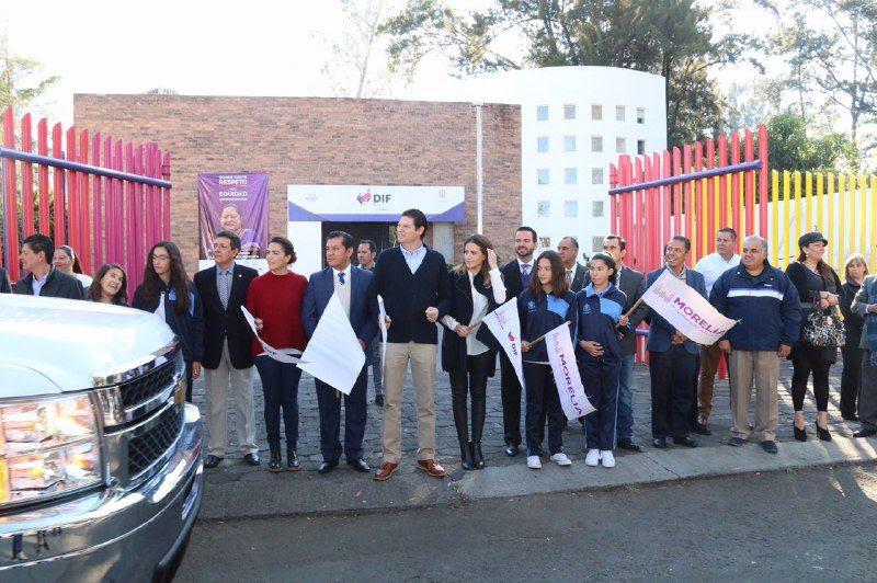 Durante este lunes las caravanas llegarán a las comunidades de El Durazno, San José de las Altas Torres y Atécuaro, en donde se repartirán 600 cobijas de las más de 6 mil 500 que se lograron recaudar