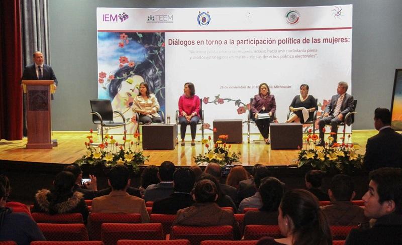 Al inaugurar el evento, el consejero presidente del IEM, Ramón Hernández Reyes, comentó que el tema en mención llama a una reflexión social y política