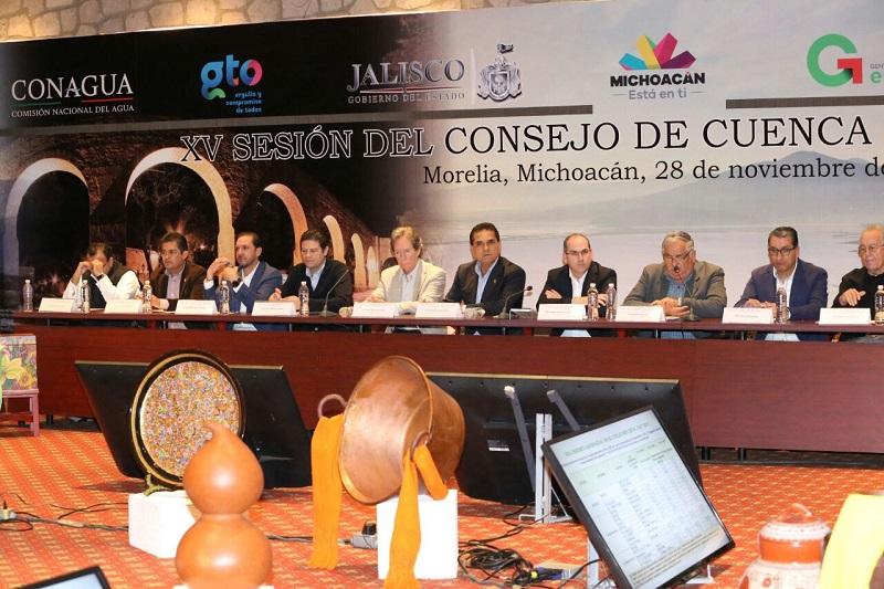 Los Consejos de Cuencas ayudan a que la distribución del agua sea más justa y democrática, señala Silvano Aureoles