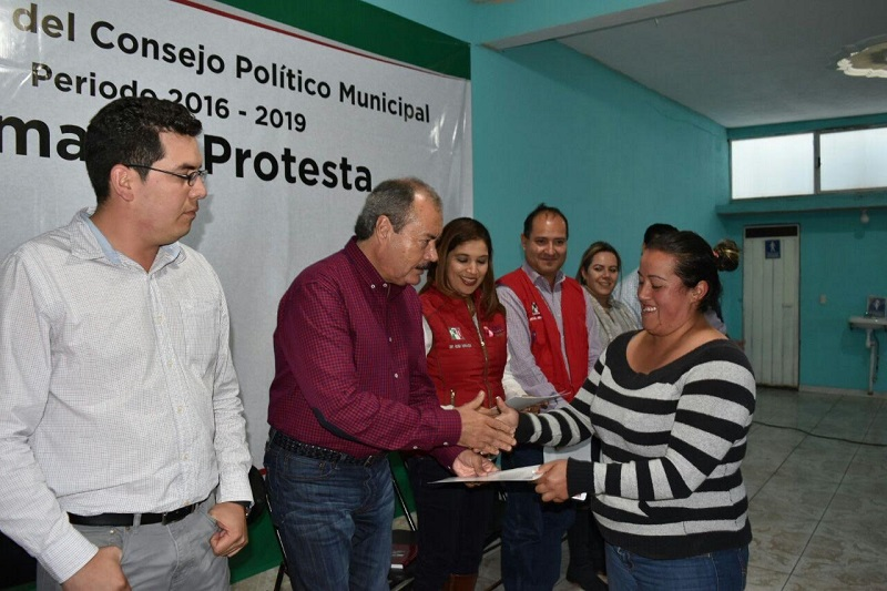 """""""Los dirigentes somos los que estamos al frente del partido, pero para que las decisiones al interior sean legales y procedan, es a partir de los consejos"""": Silva Tejeda"""