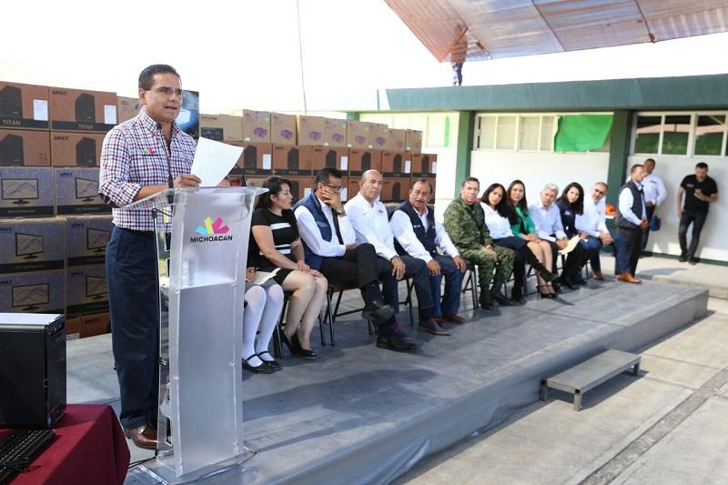 Aureoles Conejo reiteró su compromiso con los habitantes de la región, al asegurar que pronto Zamora recuperará la paz social, la estabilidad y la convivencia armónica para el bienestar de la ciudadanía