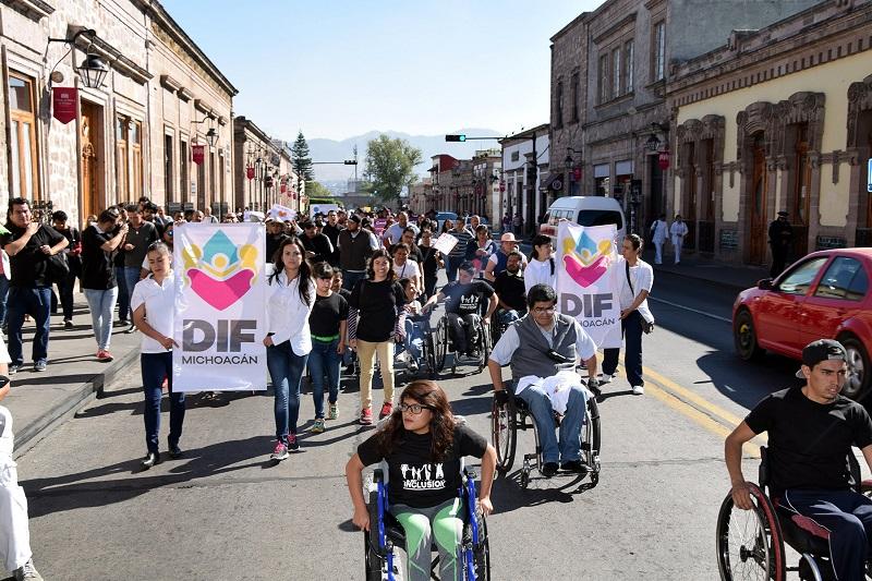 Se efectuará la ceremonia de premiación al Mérito de las Personas con Discapacidad 2016 y se realizará una verbena popular en el CREE Morelia