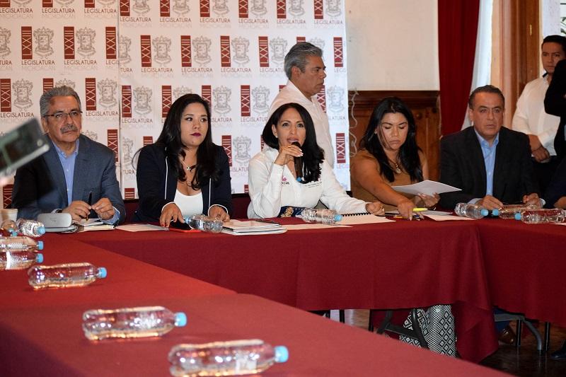 Díaz Chagolla puntualizó que, a la fecha, del FAM 2016 para niveles básico, medio superior y superior se tienen proyectadas 80 obras por un monto de 194 millones 958 mil 240 pesos