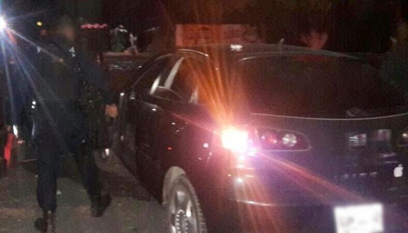 Los presuntos implicados, droga y vehículos se pusieron a disposición de la autoridad competente