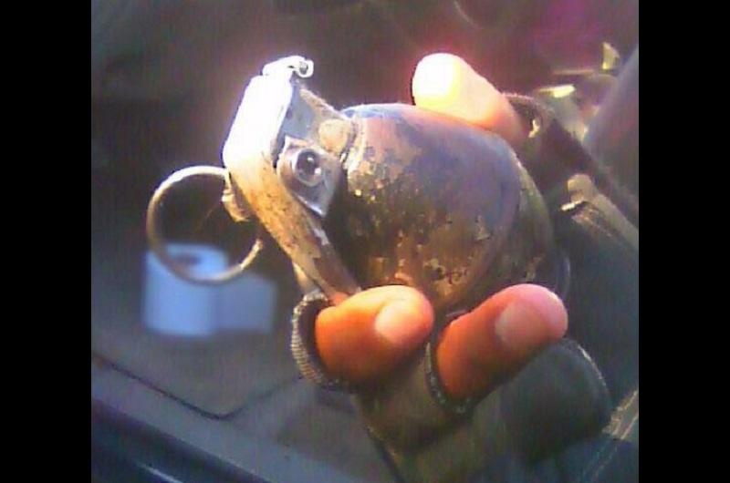 El presunto implicado, vehículo y granada fueron puestos a disposición de la autoridad competente