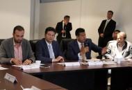 En su intervención, el alcalde de Morelia destacó que el cien por ciento de los elementos de la Policía Michoacán Unidad Morelia ya ha aprobado los exámenes de control y confianza