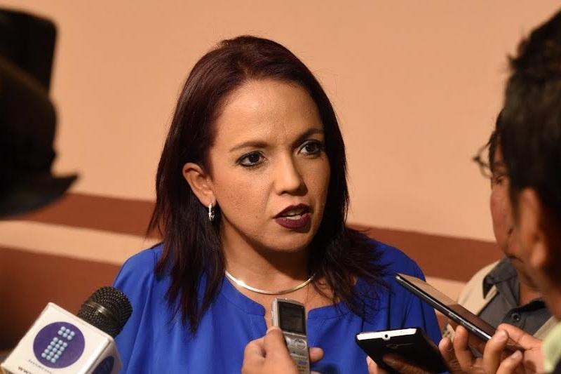 Villanueva Cano señaló que la crisis financiera por la que atraviesa nuestro país y de manera particular Michoacán, obedece en gran medida al manejo ineficiente del patrimonio público
