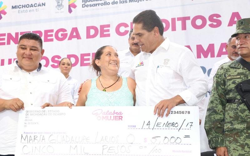 Encabeza el gobernador de Michoacán la Primera Reunión del Consejo Ciudadano para el Desarrollo Integral del Municipio; arranca la construcción del relleno sanitario que tendrá una inversión superior a los 4 mdp