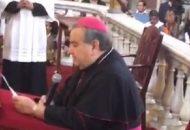 García Merlos expresó que con plena libertad acatará la suprema autoridad de la Iglesia, además de que santificará y velará por la unidad de la Iglesia Universal