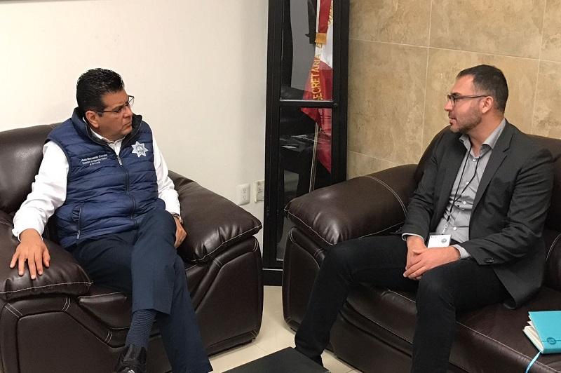El embajador asesoró al titular de la SSP en temas para la mejora de la Unidad Ambiental de la Policía Michoacán, con la aplicación de cursos, estrategias operativas y la creación de nuevos vínculos con expertos en la materia