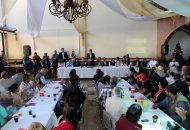 En el encuentro, Juan Bernardo Corona dio a conocer los resultados del diagnóstico situacional de las colonias que confluyen en dicha tenencia, donde el robo a vehículos, casa habitación y violencia intrafamiliar son los ilícitos de mayor incidencia
