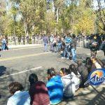 Los manifestantes bloquean la Calzada Ventura Puente y trataron de cerrar la Avenida Acueducto, pero policías antimotines del GOE impidieron que extendieran su bloqueo (FOTOS: FRANCISCO ALBERTO SOTOMAYOR)