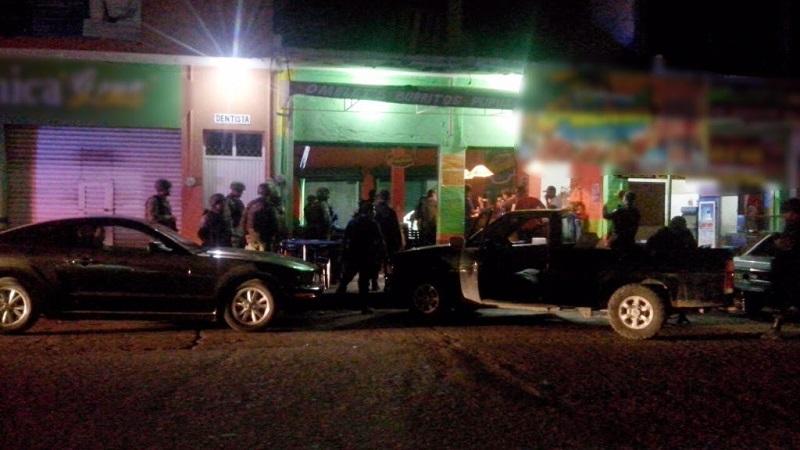 Con la movilización a puntos de venta de bebidas embriagantes, las autoridades realizaron revisiones a establecimientos y bares, así como a personas y vehículos