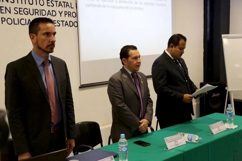 Los cursos, que constituyen una herramienta más para combatir a la delincuencia, se realizan a través del Instituto de Capacitación y Profesionalización