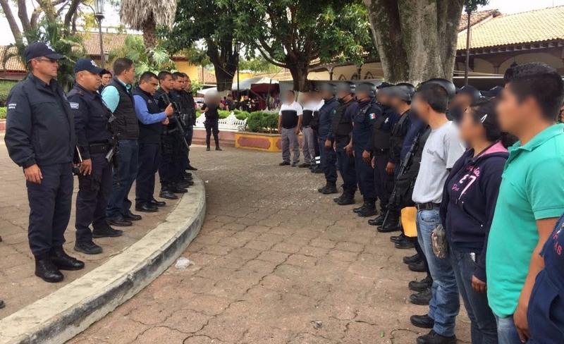 Por instrucción del titular de la SSP, Juan Bernardo Corona Martínez, el subsecretario Carlos Gómez Arrieta designó al director y al subdirector de Seguridad Pública del municipio de Tingüindín