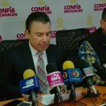 El diputado perredista reiteró su apoyo al dirigente nacional de Morena, Andres Manuel López Obrador para ser candidato presidencial en el 2018 y dijo limitarse a analizar las encuestas mientras suejen loa demas candidatos