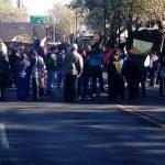 Al final se pudo conocer que la dependencia estatal negoció con los manifestantes para cubrir el 60% del adeudo a más tardar el viernes 24 de febrero, además de que el restante 40% será cubierto en el transcurso del mes de marzo (FOTOS: MARIO REBOLLAR)