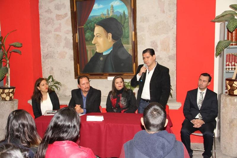 Ernesto Núñez manifestó su interés por la adopción, tema central de la ponencia, e informó que está trabajando en una iniciativa en la materia, la cual espera concluir en breve, para la próxima semana presentarla ante el Pleno del Congreso
