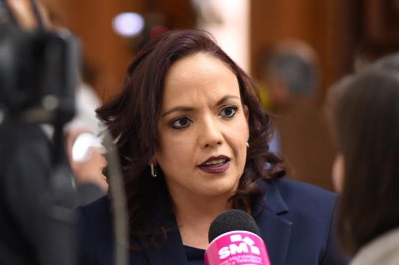 La integrante de la Comisión de Derechos Humanos en el Congreso de Michoacán, anunció que en breve será presentada ante el pleno su iniciativa para incrementar las penas contra quien cometa feminicidio