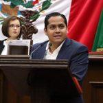 Moncada Sánchez propuso que el 73 parlamento, se ajuste el cinturón, con la disminución de los gastos, evitar el derroche y despilfarro de la clase política