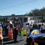 En el lugar ya se encuentran elementos de la Policía Michoacán, quienes procuran agilizar el tránsito vehicular (FOTOS: FRANCISCO ALBERTO SOTOMAYOR Y MARIO REBOLLAR)