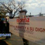 La desairada movilización comenzó en la Plaza Morelos y concluyó en el patio principal del Colegio de San Nicolás (FOTOS: MARIO REBOLLAR)