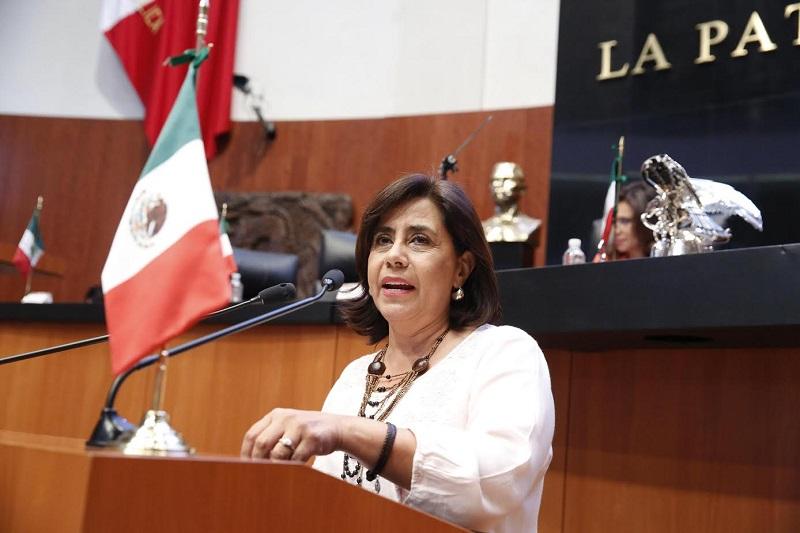 La legisladora, aseguró que  lo ocurrido en Nuevo León es una grave llamada de atención a toda la sociedad, y el comportamiento suicida en adolescentes y jóvenes constituye un problema complejo