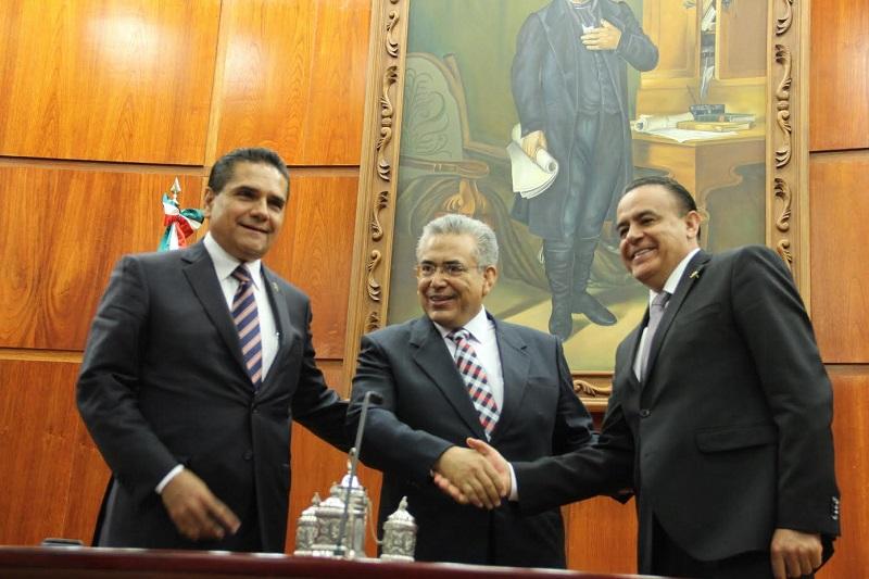 El diputado Sigala Páez manifestó que gran parte de los delitos registrados en la entidad, son por rencillas familiares, por lo que señaló la necesidad de legislar en materia de Justicia Cotidiana
