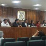 Medardo Serna entregó la propuesta de incremento, la cual consiste en 3.08 por ciento de incremento directo al salario y 0.99 por ciento en prestaciones no ligadas al salario