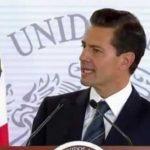 """""""México tiene en su Ejército, en su Armada y en su Fuerza Aérea a instituciones profesionales, eficaces y sólidas para defender la soberanía nacional y para salvaguardar lo más valioso: la vida de los mexicanos"""", señaló el mandatario federal"""
