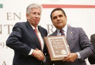 Aureoles Conejo manifestó que la Carta Magna es el documento más representativo para los mexicanos, pues engloba los artículos por los que es regida la Nación