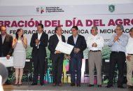 La situación en México en la materia es alarmante, ya que la deforestación y degradación de ecosistemas forestales han sido continuas, con una pérdida anual estimada de 700 mil hectáreas