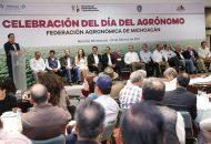 Aureoles Conejo encabezó la celebración estatal del Día del Agrónomo, donde conminó a sus colegas a la unidad