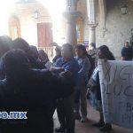 Los manifestantes exigen ser atendidos directamente por el alcalde Alfonso Martínez (FOTO: MARIO REBOLLAR)