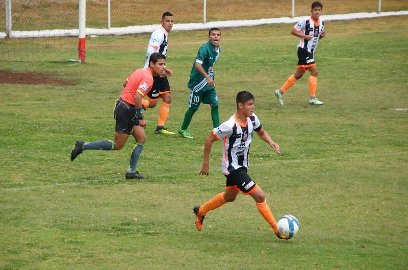 Delfines de Abasolo fue el único equipo que en la primera vuelta logró superar de alguna manera al Atlético Valladolid. Ya que en el juego celebrado en su territorio, el resultado fue de empate sin goles, pero ellos se quedaron con el punto extra disputado en penaltis.