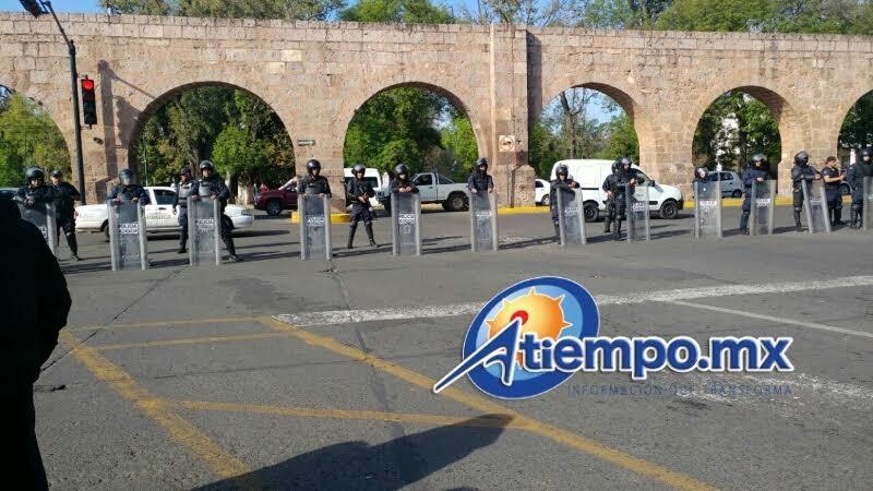 Cabe hacer mención que el bloqueo no afectó la Avenida Acueducto ni en la Calzada Ventura Puente (FOTOS: FRANCISCO ALBERTO SOTOMAYOR)