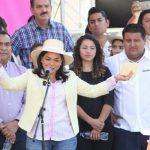 Respecto a la invitación que hizo al gobernador, Silvano Aureoles para que recorra el país dando mensajes a los militantes, la secretaria comentó que la invitación está hecha también al jefe de Gobierno de CdMx, Miguel Mancera y al gobernador de Morelos, Graco Ramírez
