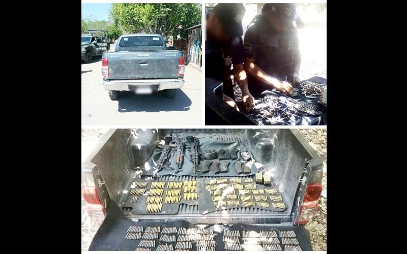 Al revisar los antecedentes de la unidad arrojó reporte de robo, por lo que en conjunto con las armas, cargadores y cartuchos fue puesto a disposición de la autoridad competente