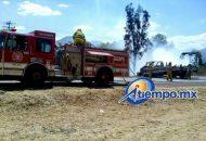 Los hechos se registraron en el kilómetro 56 de la carretera Morelia-Jiquilpan, a la altura de la comunidad de Franco Reyes (FOTOS: FRANCISCO ALBERTO SOTOMAYOR)